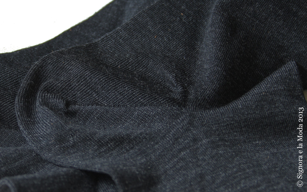 Falke Softmerino Detail